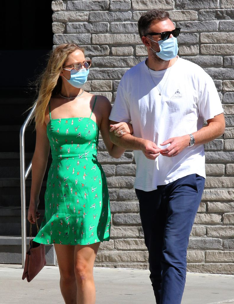 Lawrence pregnant jennifer Jennifer Lawrence