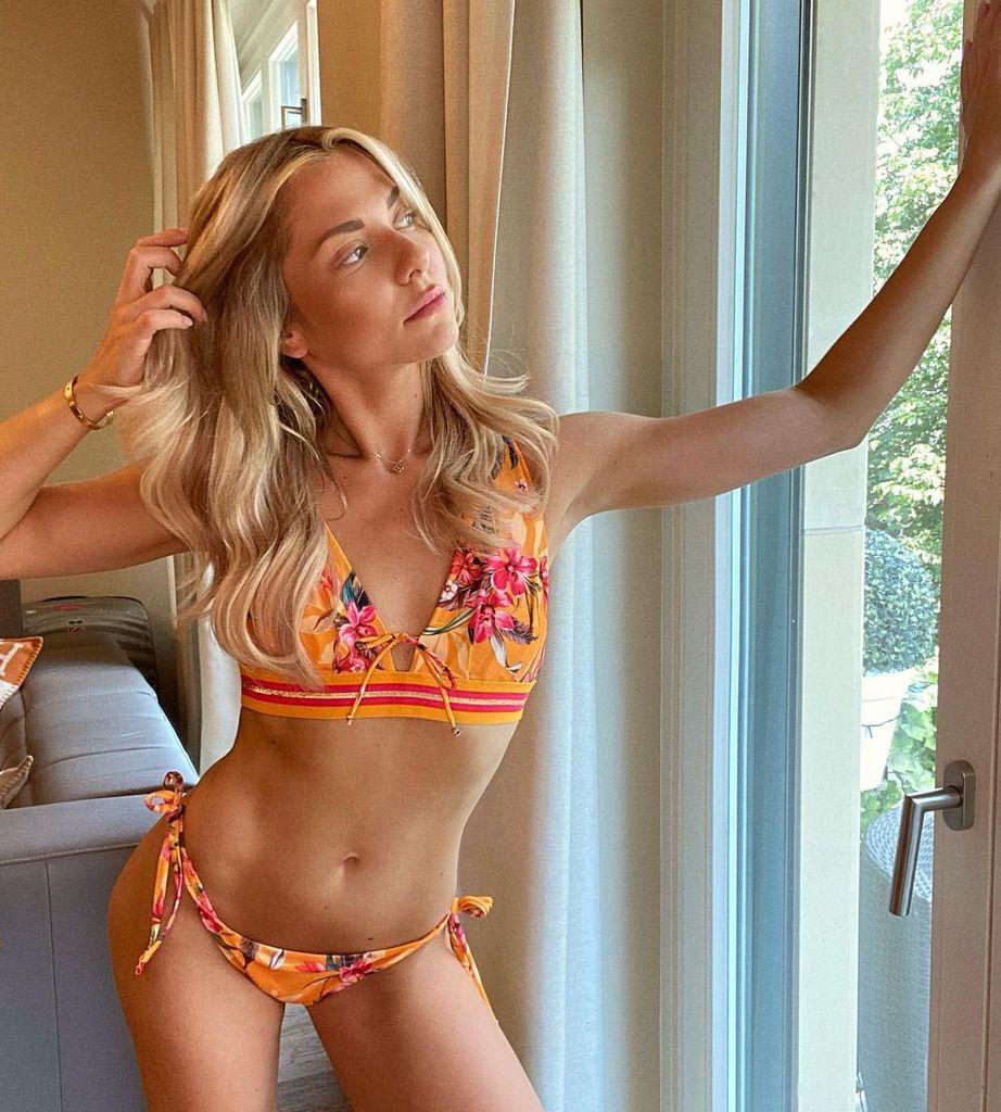 Valentina pahde bikini
