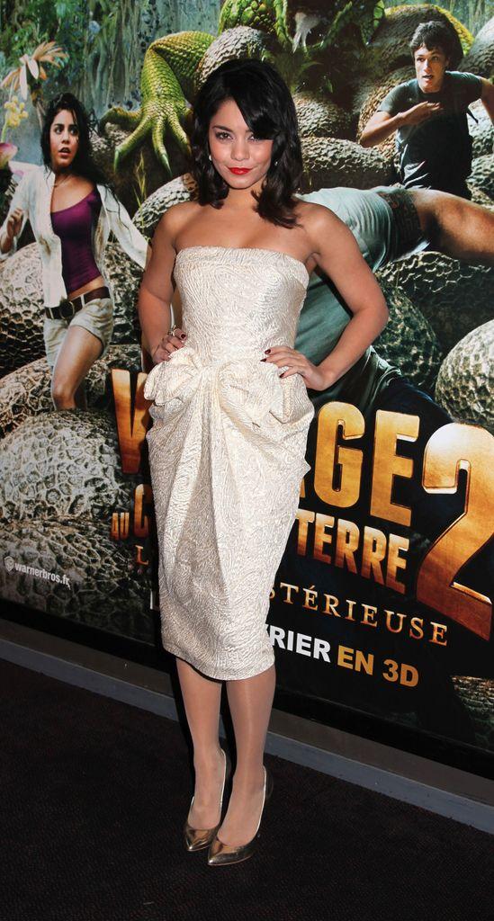 Vanessa Hudgens: Welches war ihr schönstes Kleid? | Promiflash.de