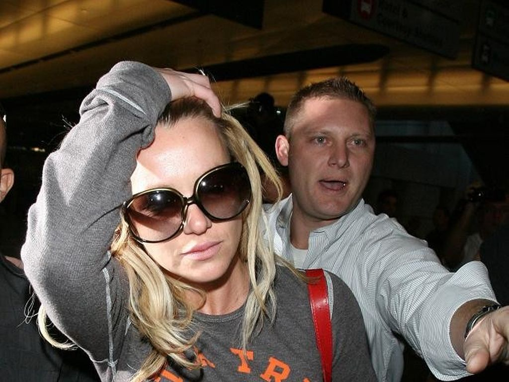 Britney Spears blinkt Brust
