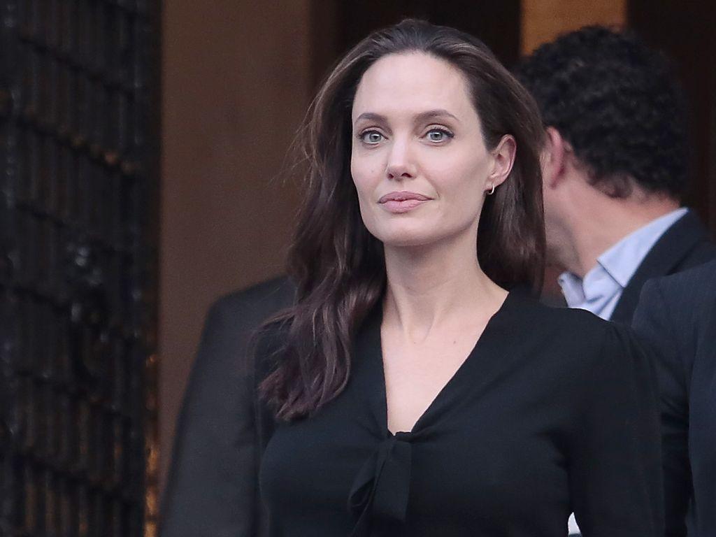 Angelina Jolie nach einem Treffen mit dem griechischen Premierminister Alexis Tsipras