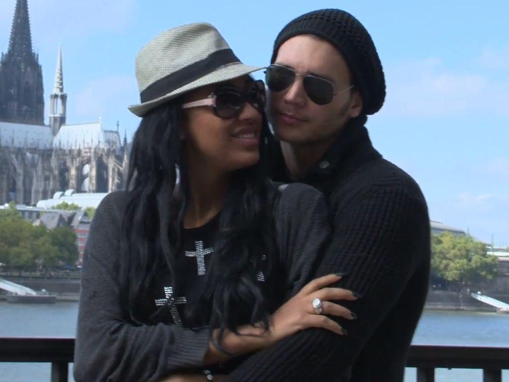 Sarah Joelle with Boyfriend