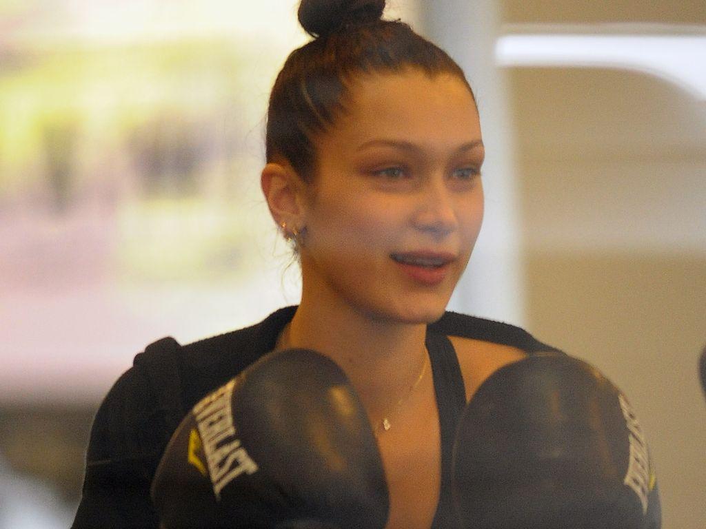 Bella Hadid im Sportstudio