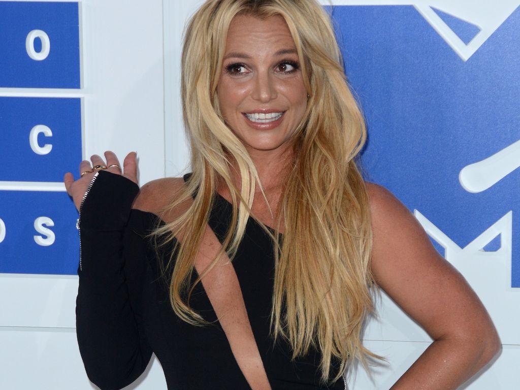 Britney Spears bei den MTV Video Music Awards 2016