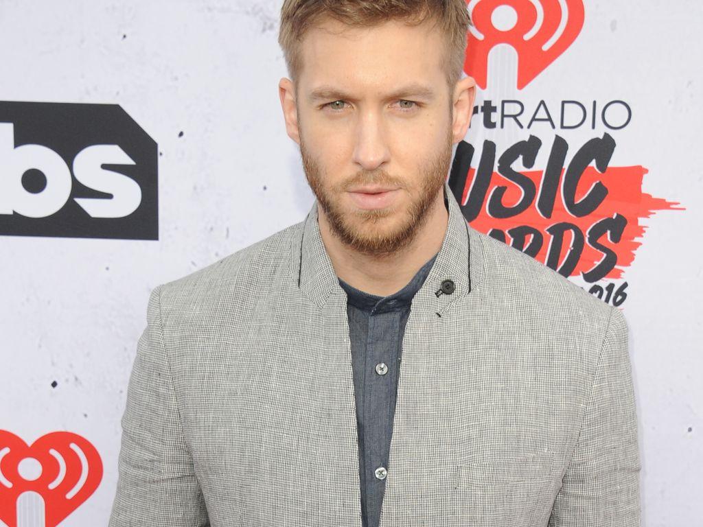 "DJ Calvin Harris bei den ""iHeartRadio Music Awards"" 2016"