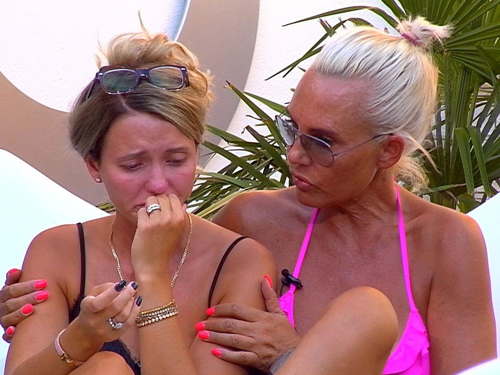 """Cathy Lugner und Natascha Ochsenknecht im """"Promi Big Brother""""-Haus"""