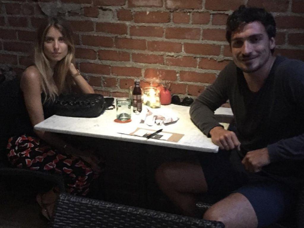Cathy und Mats Hummels beim Candlelight-Dinner