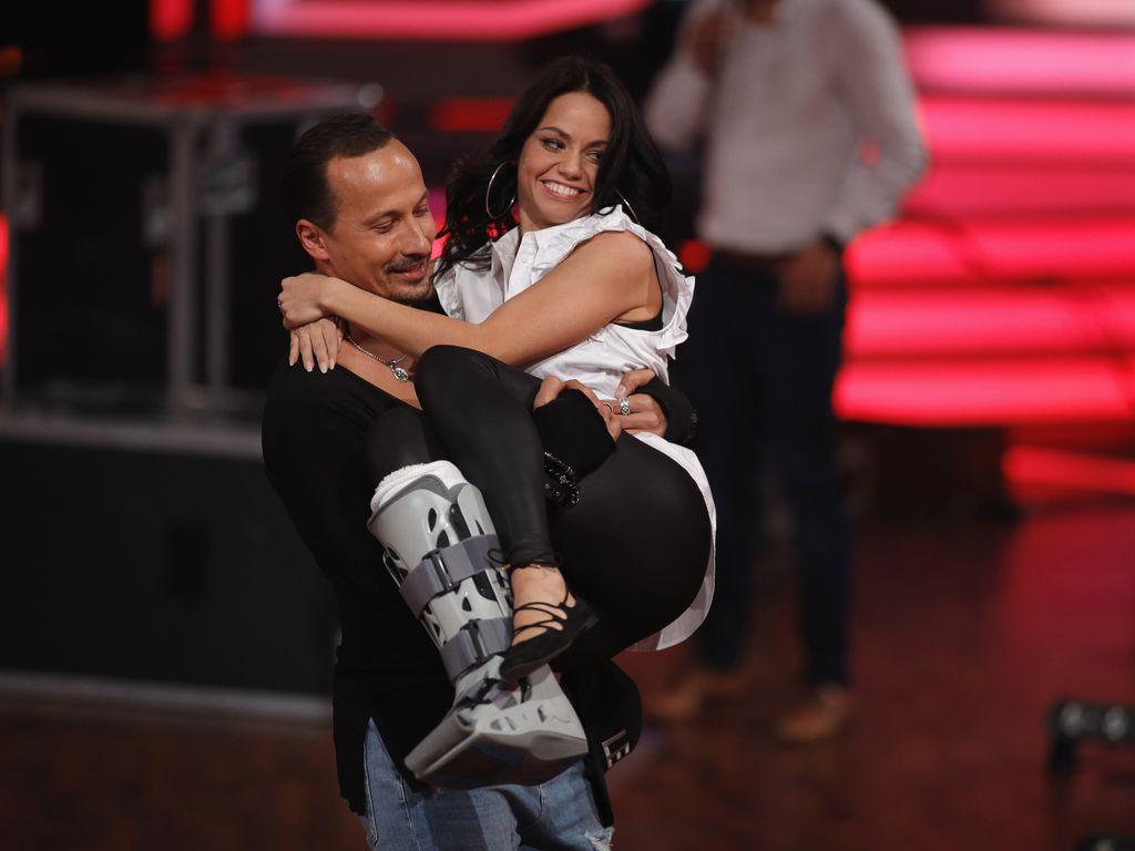 """Lets Dance Update: Nach Mega-Sturz: So Geht Es """"Let's Dance""""-Profi Christina"""