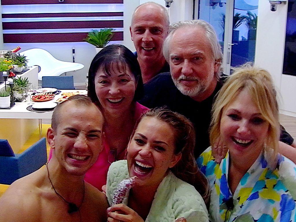 Promi Big Brother: Selfie aus dem Luxus-Bereich