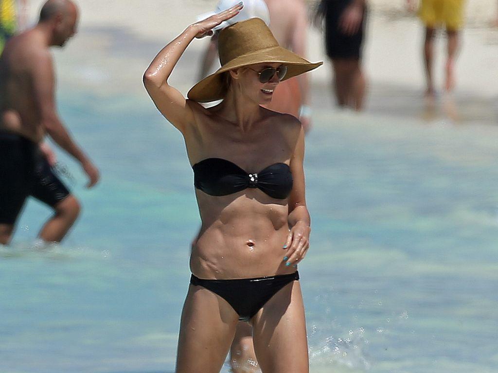 Heidi Hawking und Bikini