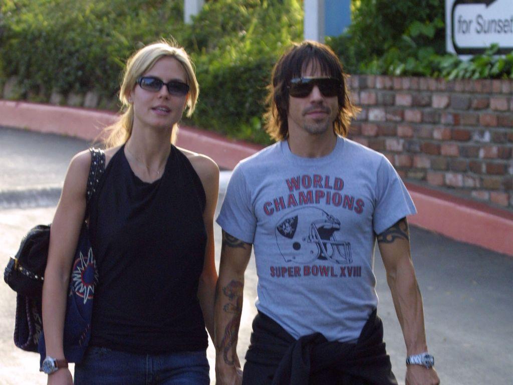 Anthony Kiedis und Heidi Klum nach einem gemeinsamen Lunch in West Hollywood im Jahr 2003