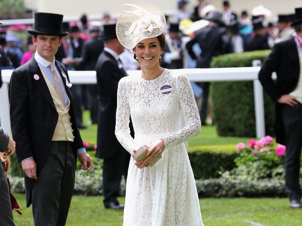 Herzogin Kate beim Pferderennen in Ascot
