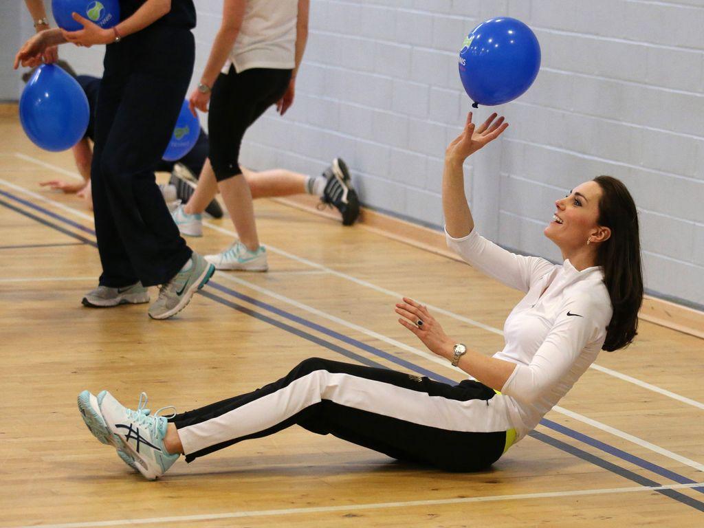Herzogin Kate bei einem Sport-Wirkshop an einer britischen Schule 2016