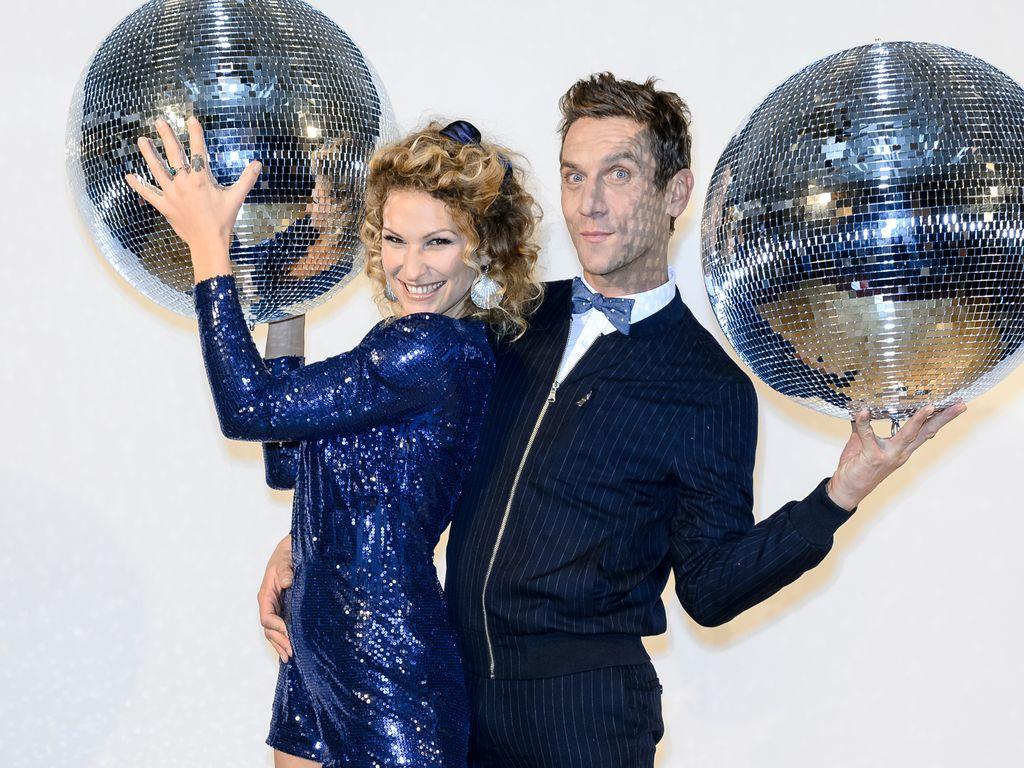 """Janni Hönscheid und Peer Kusmagk beim Photocall zu """"Deutschland tanzt"""" im SoHo House in Berlin"""