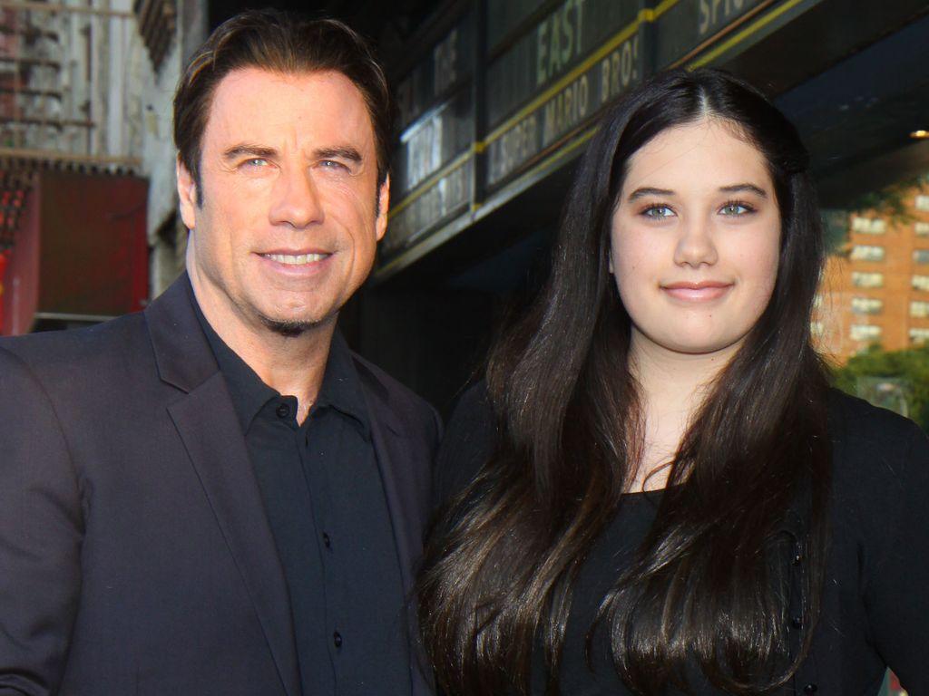 Süß! John Travolta mit Tochter auf dem Red Carpet ...