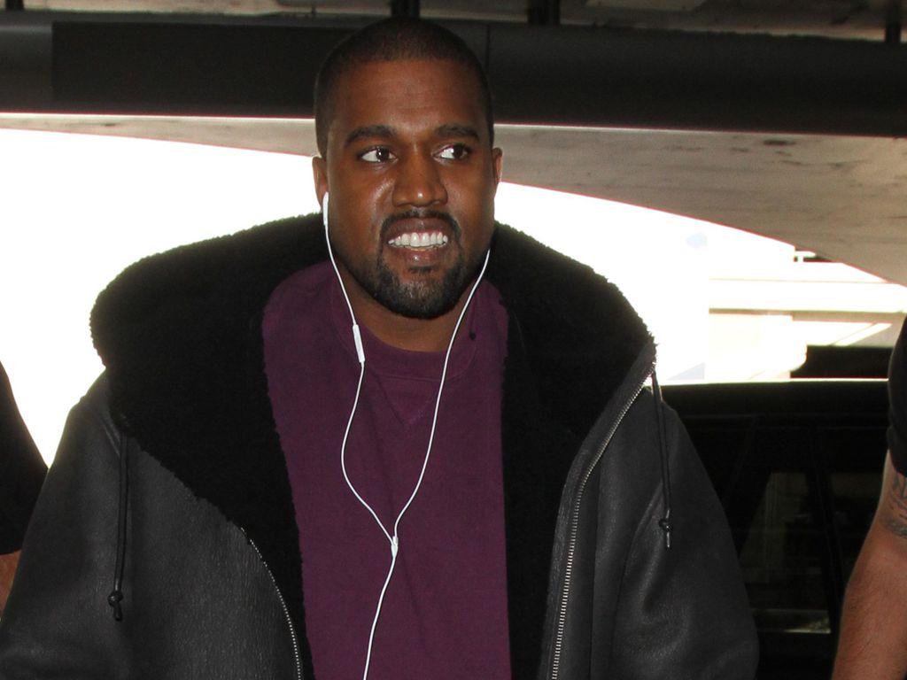 Kanye West am LAX-Flughafen in Los Angeles