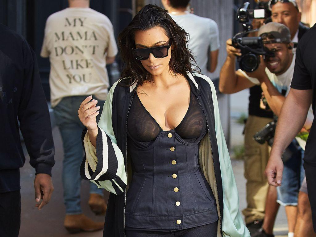 Kim Kardashian beim Verlassen ihres Hotels in NY