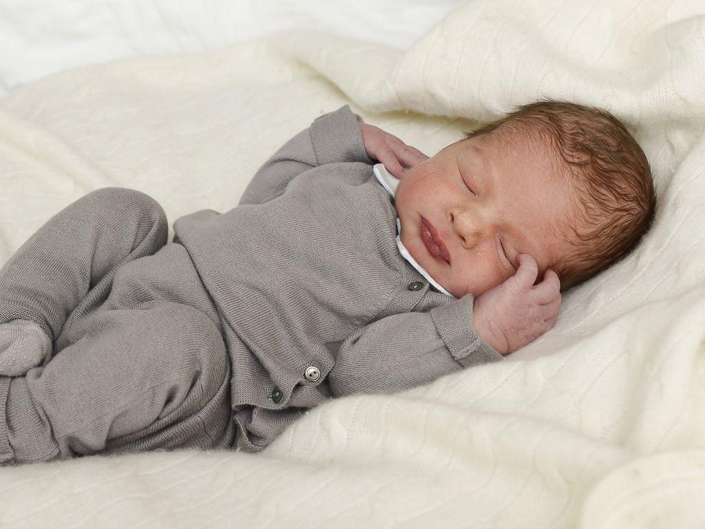 Erstes baby foto das ist madeleines kleiner junge - Bettwasche baby junge ...