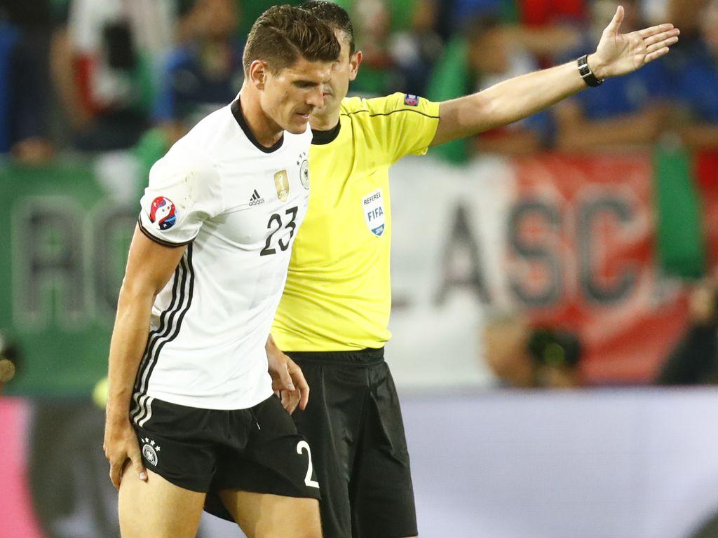 Mario Gomez beim EM-Spiel Deutschland vs Italien 2016