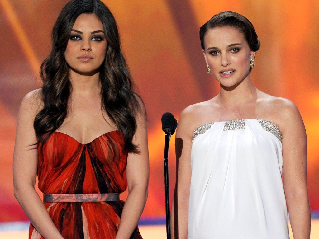 Mila Kunis & Natalie Portman bei den 17. Screen Actors Guild Awards