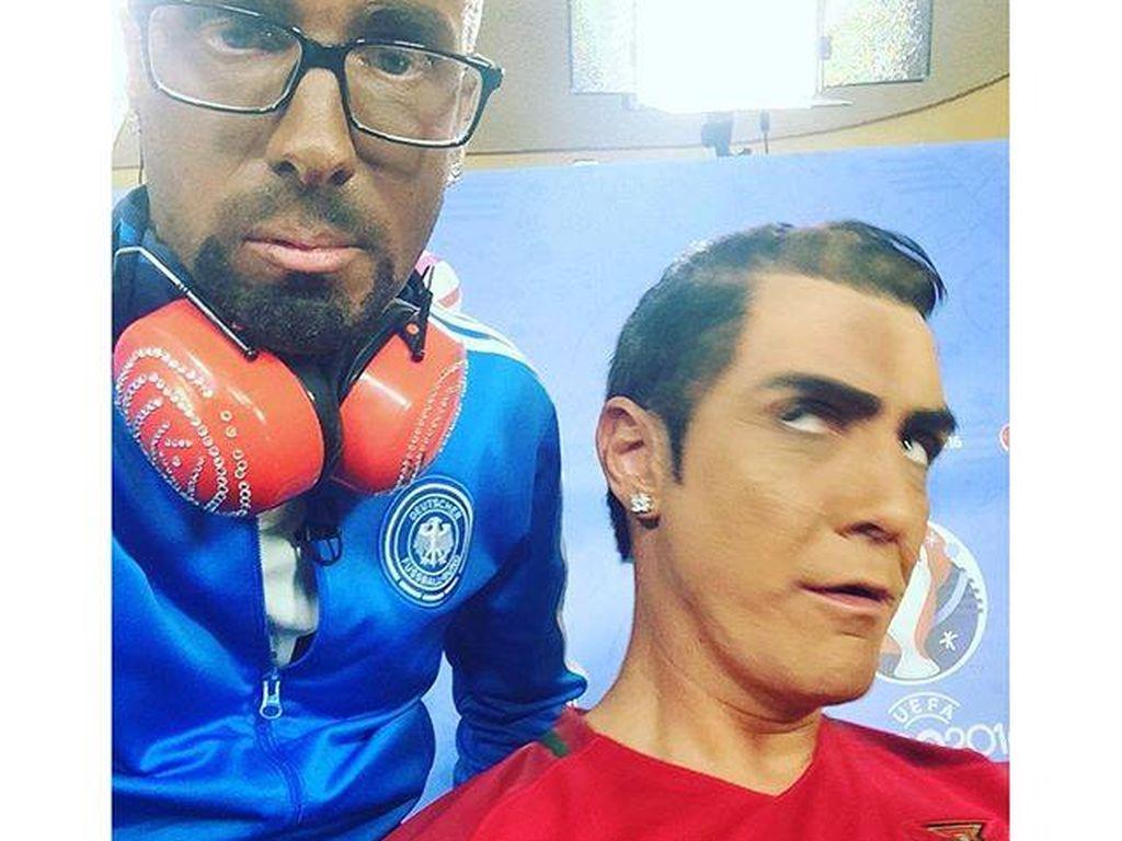 Oliver Pocher und Matze Knop pariodieren Boateng und Ronaldo