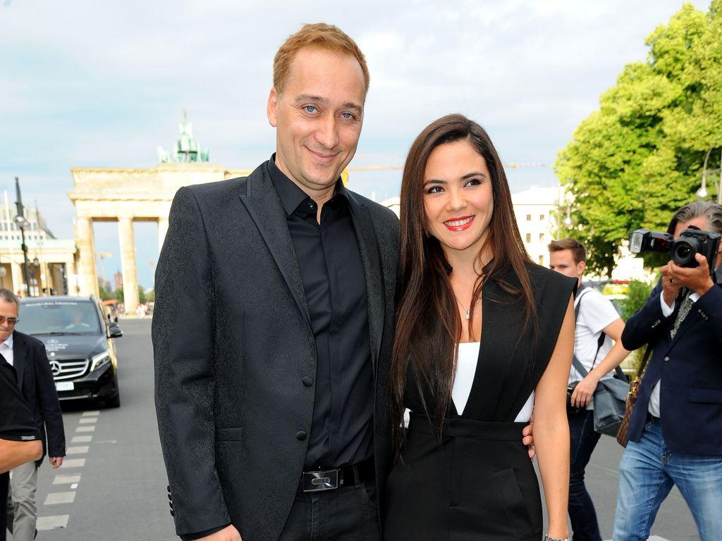 Paul van Dyk mit seiner Verlobten Margarita bei der Mercedes-Benz Fashion Week Berlin Herbst/Winter