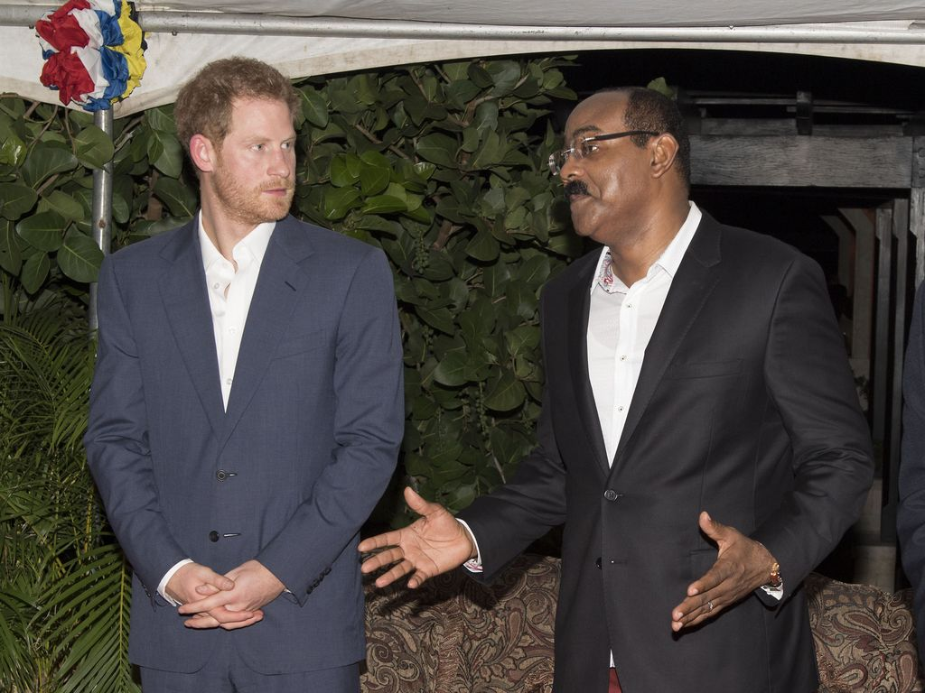 Prinz Harry mit Gaston Browne, Premierminister von Antigua