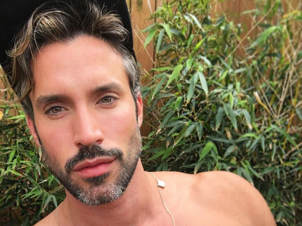 Robert Sepúlveda Junior, Gay-Bachelor