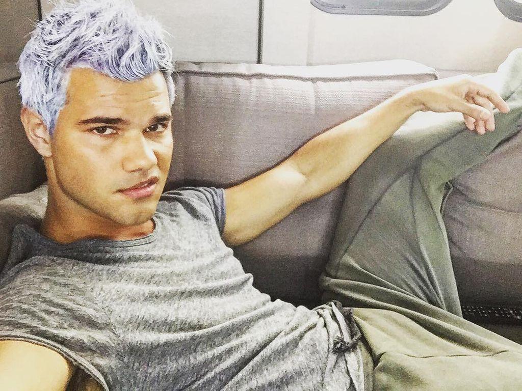 """Taylor Lautner in einer Drehpause von """"Scream Queens"""""""