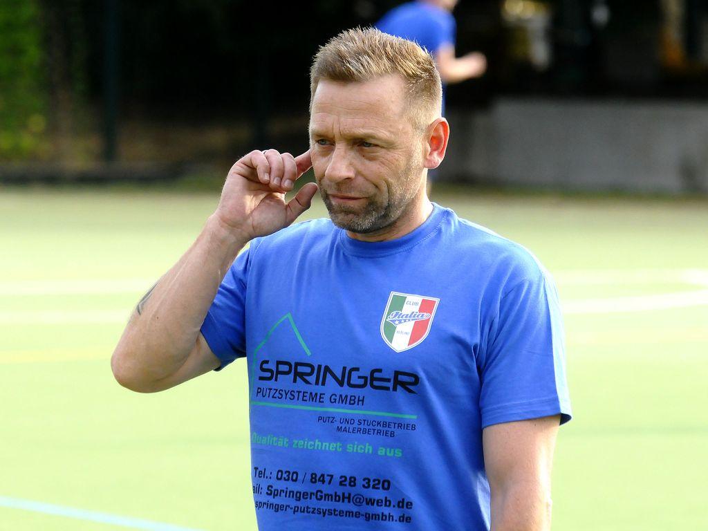 Thomas Häßler beim Training des Club Italia in Berlin