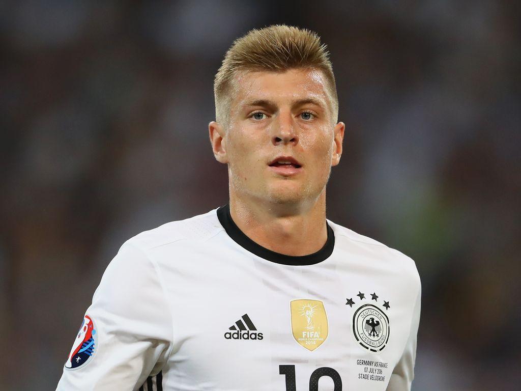 Toni Kroos beim EM-Spiel Deutschland gegen Frankreich