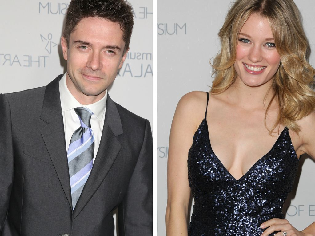 Topher Grace und Ashley Hinshaw