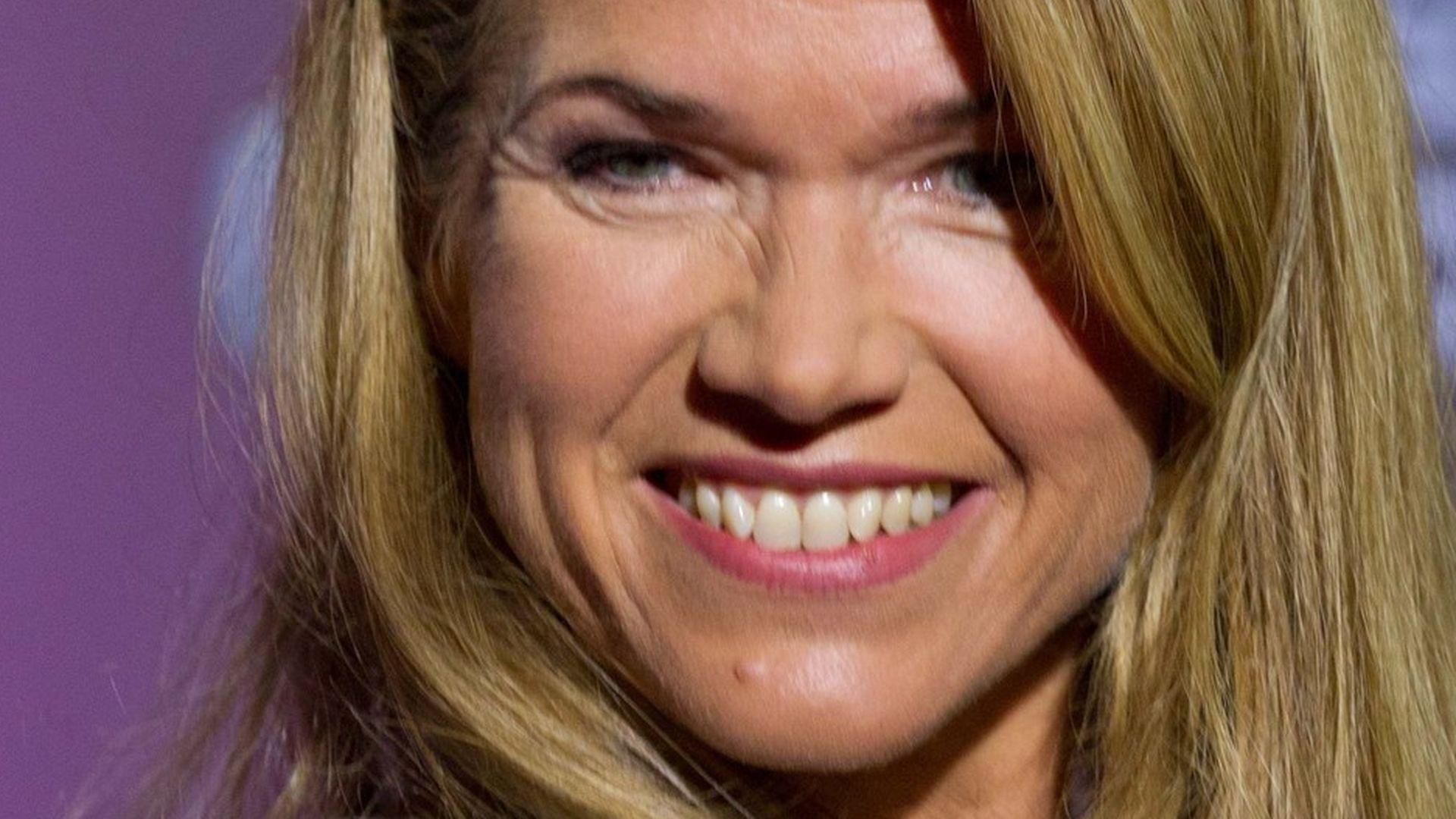 Anke Engelke: Mit Sexismus zu 250.000 Euro!   Promiflash.de