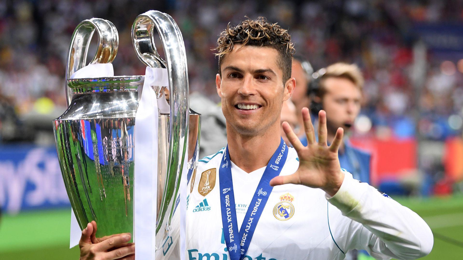 Neue Frisur Sitzt Cristiano Ronaldo Ist Bereit Fur Wm 2018