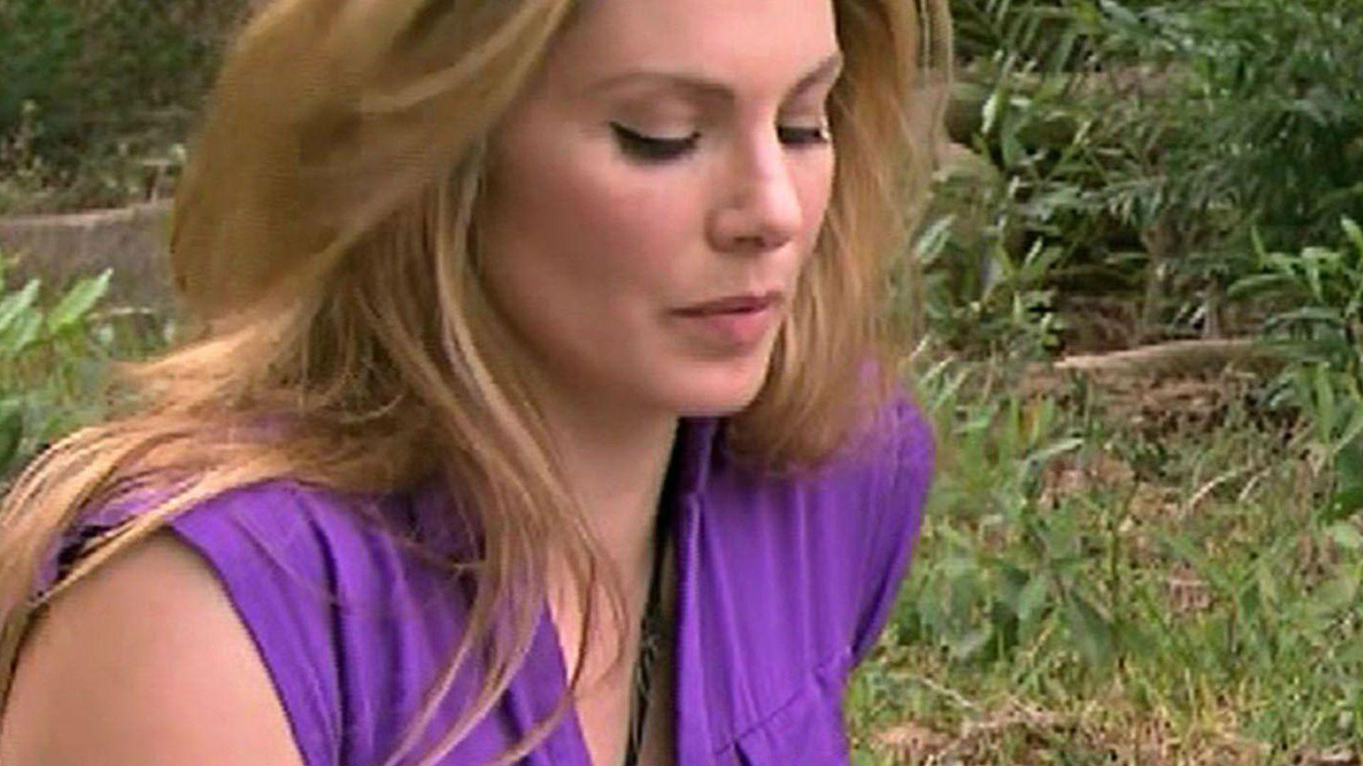 <b>Daniela Michalski</b> guckt traurig - daniela-michalski-guckt-traurig-r3