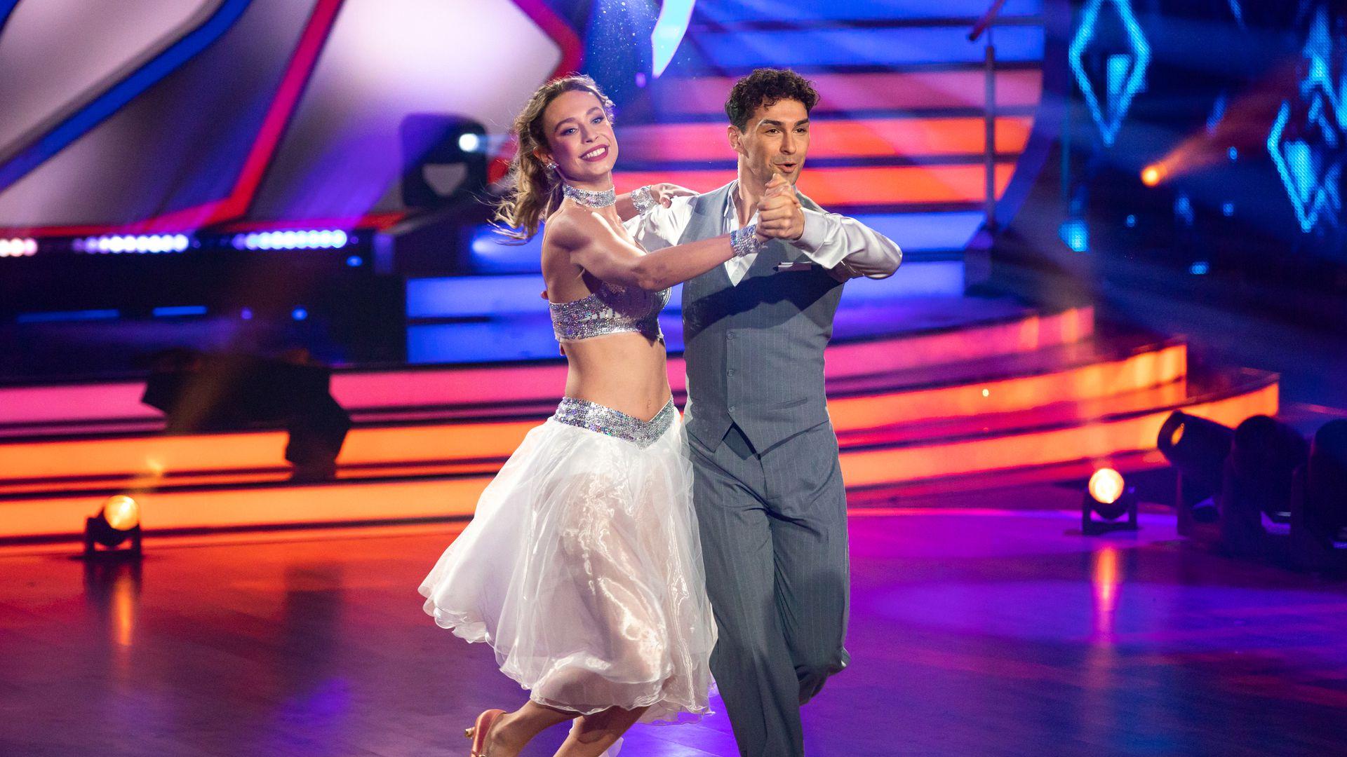 "Loiza Lamers' ""Let's Dance""-Comeback: Jury ist begeistert"