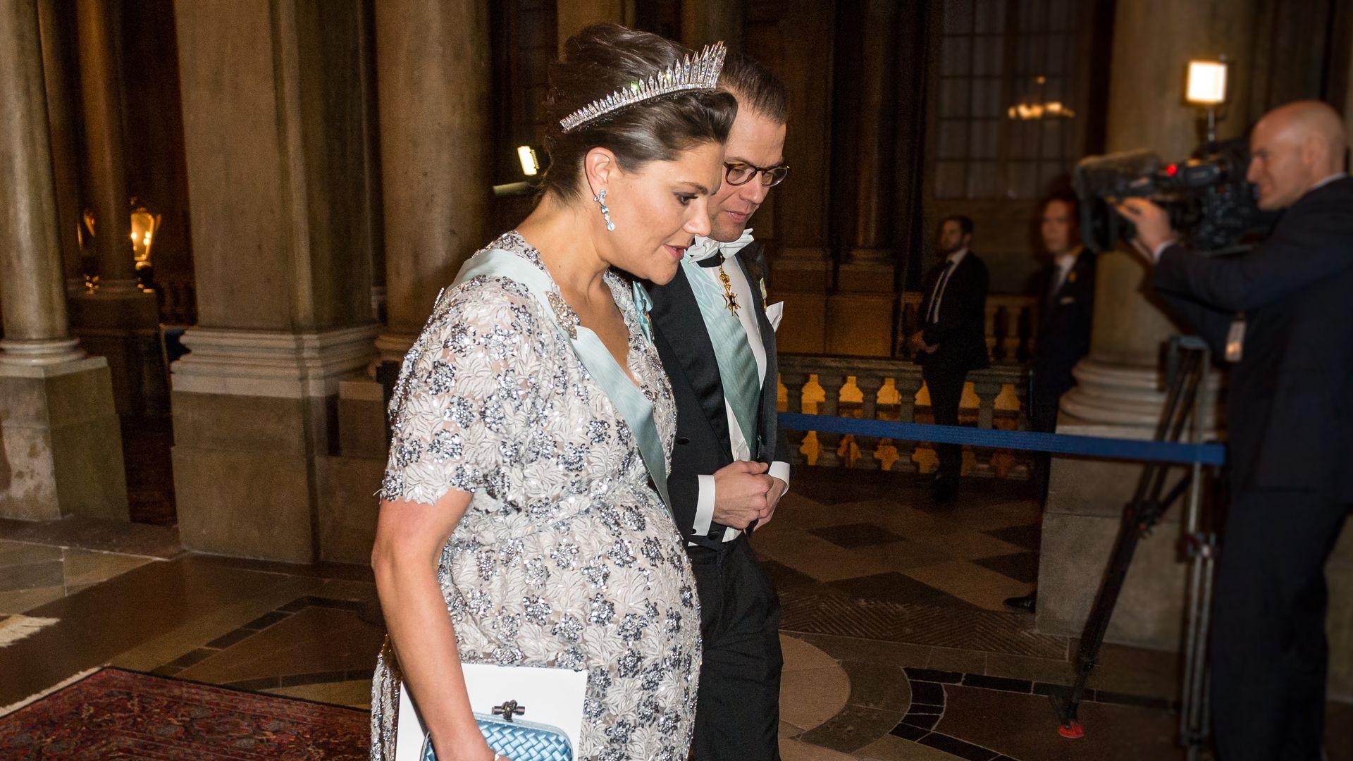 Prinzessin Victoria: Maxi-Babybauch lässt alle rätseln