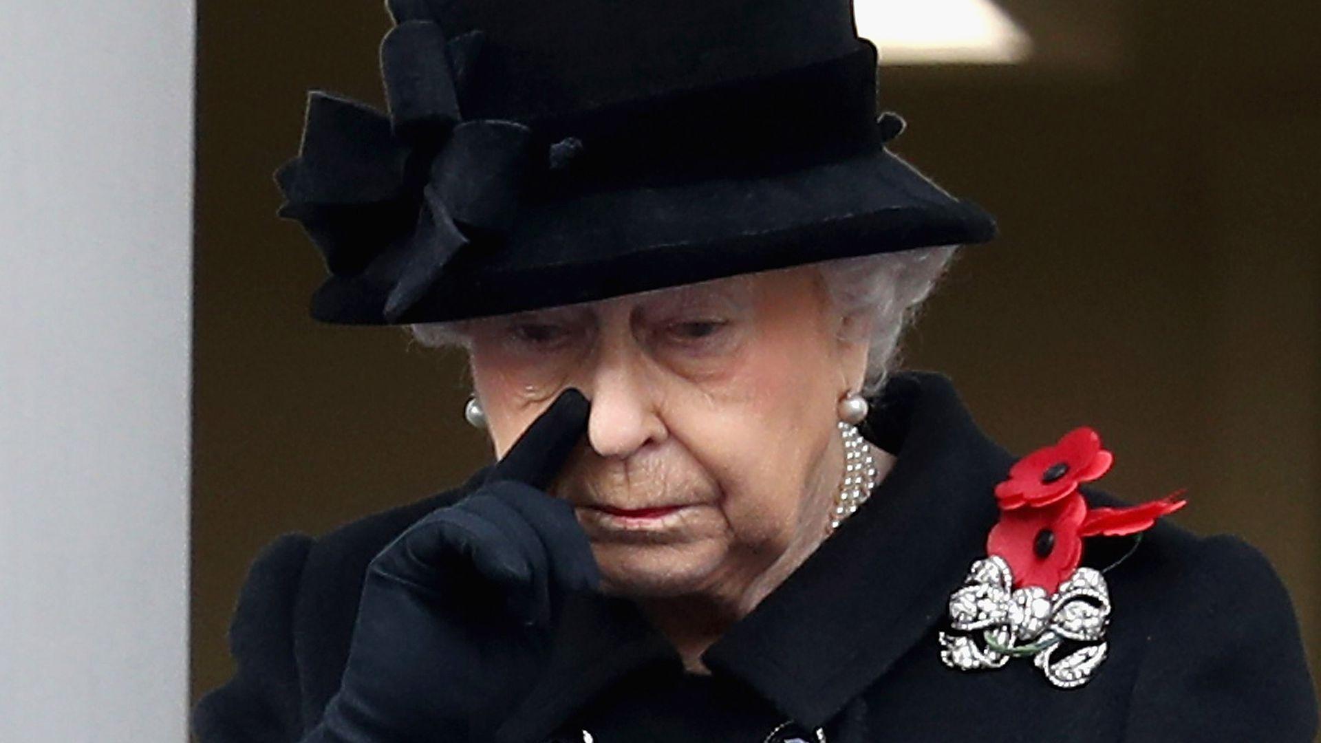 Ganz-selten-In-diesen-Momenten-lie-die-Queen-Emotionen-zu