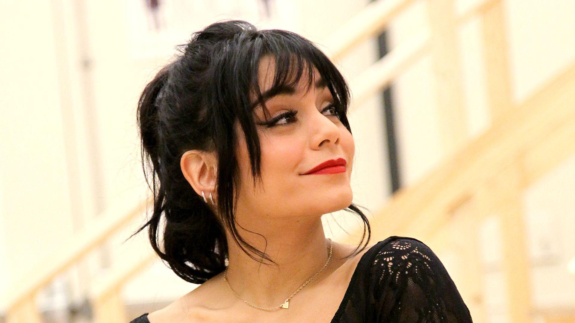 Vanessa Hudgens Gesteht Kein Kontakt Mehr Zu Zac Efron Promiflashde