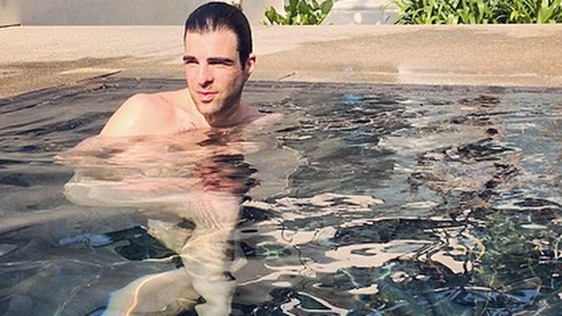 Nacktbaden im Pool: Zachary Quinto auf FKK-Kurs