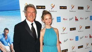 Harrison Ford geht vor Calista Flockhart auf die Knie!