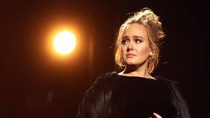 Adele zum 2. Mal schwanger? Die Gerüchteküche brodelt!