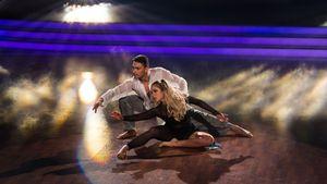 Andrzej Cibis und Cheyenne Pahde performen einen Contemporary