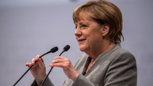 Statt Bibi & Co.: YouTube-Newcomer interviewen Angela Merkel