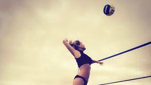 Angelina Heger beim Volleyball