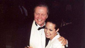 Angelina Jolies Vater ist stolz auf seine Enkel