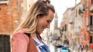 """""""Liebe im Bauch"""": Anna Hofbauer zeigt Babykugel in Venedig!"""