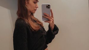 """""""Endobelly"""": Anna Wilken zeigt die Folgen ihrer Endometriose"""