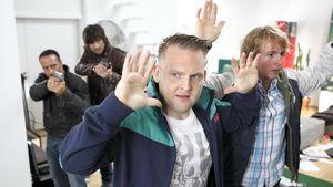 Axel Stein sorgt für Unruhe bei der Polizei