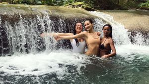 Ally Aflalo, Bella Hadid und Fanny Bourdette-Donon im Urlaub